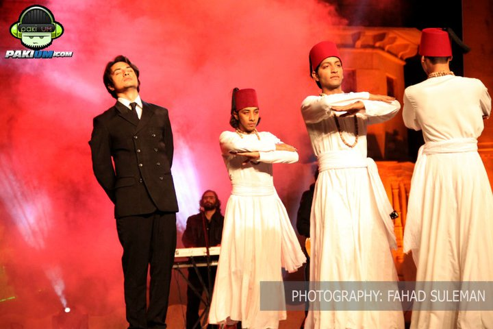 Ali Zafar performing at Mohatta Palace