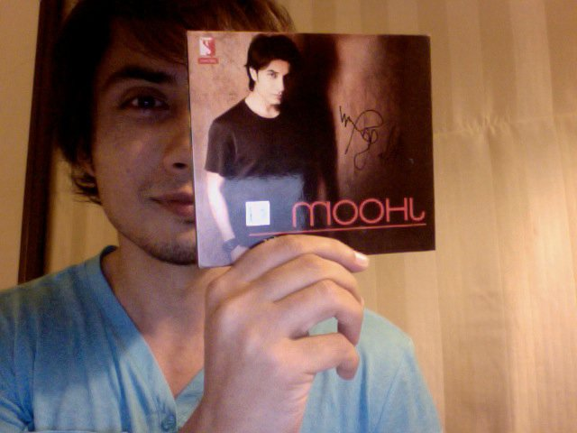 Ali Zafar Holding Jhoom Album Cover