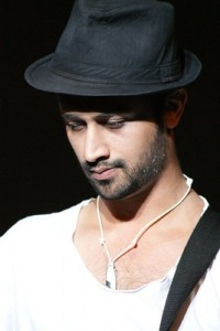 Atif Aslam message for 2 Million Aadeez fans