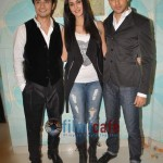 Ali-Zafar-with-Imran-Katrina-on-sets-of-Xfactor (13)