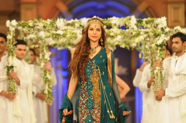 Mona Imran at Bridal Couture Week 2012 Karachi