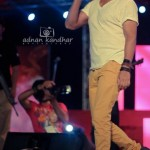 Ali Zafar Live in Iqbal Stadium Faisalabad 10th May 2012 (5)