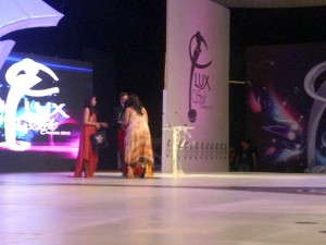 Sharmeen Obaid receiving Life Time Achivement Award at Lux Style Awards