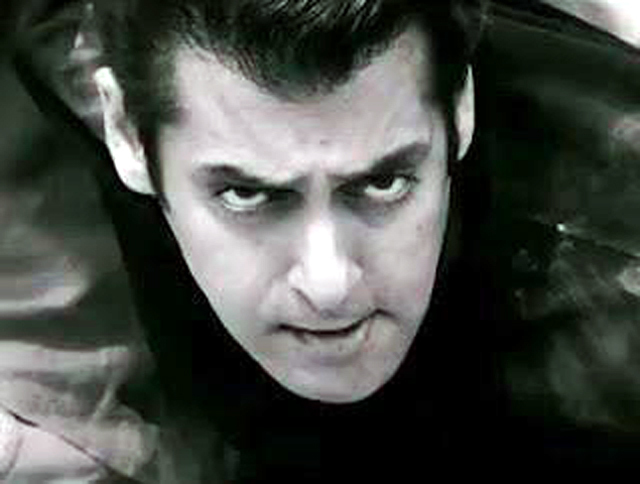 ek tha tiger joins 100 crore club