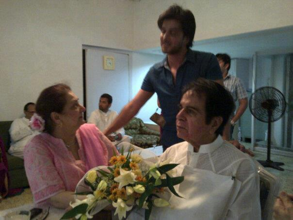 Imran Abbas And His Wife http://www.pakium.com/2012/08/26/imran-abbas-celebrates-eid-with-dilip-kumar