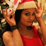 Veena Malik Celebrating Christmas15