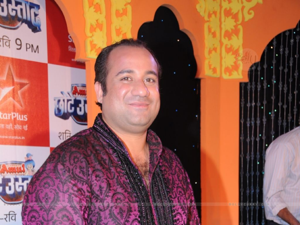 91248-rahat-fateh-ali-khan-as-a-judge.jpg