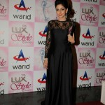 Saba Qamar at Lux Style Awards 2013 (Redcarpet)