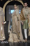 Fahad-Hussayn-PFDC-Loreal-paris-bridal-week-2013-day-2 (43)
