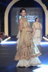 Misha-Lakhani-PFDC-Loreal-paris-bridal-week-2013-day-2 (19)