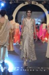 Sadaf-Malaterre-PFDC-Loreal-paris-bridal-week-2013-day-2 (15)