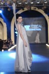 Sonia-Azhar-PFDC-Loreal-paris-bridal-week-2013-day-2 (14)