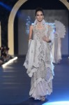 Sonia-Azhar-PFDC-Loreal-paris-bridal-week-2013-day-2 (15)
