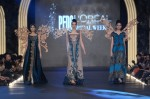 Sonia-Azhar-PFDC-Loreal-paris-bridal-week-2013-day-2 (17)