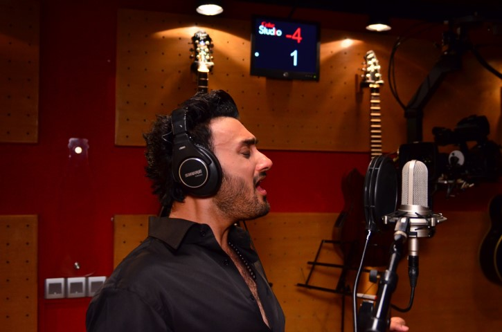 umair-jaswal-coke-studio-season-6-episode-1 (3)
