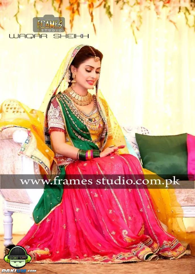 ayeza-khan-and-danish-taimoors-mayun-and-mehndi (1)