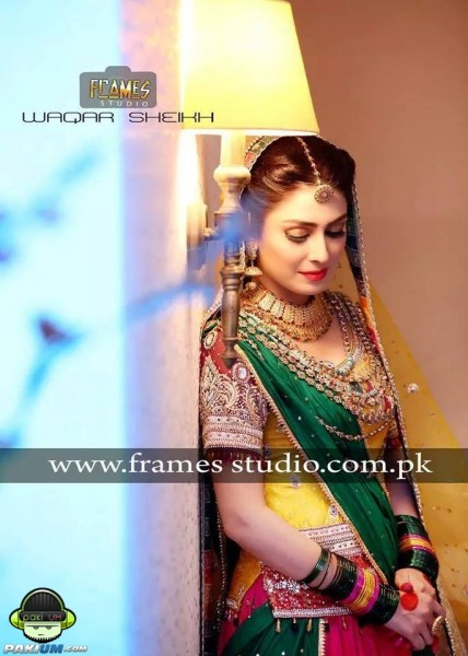 ayeza-khan-and-danish-taimoors-mayun-and-mehndi (2)